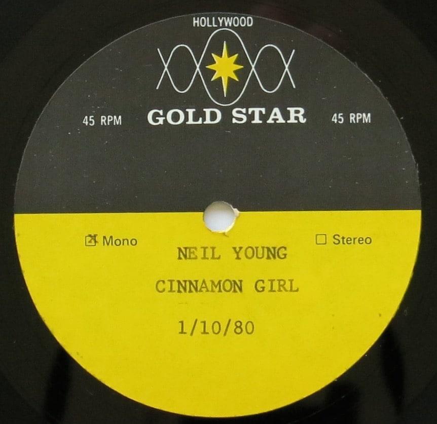 neil-young-cinnamon-girl-autograph-album-allie