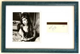 Amy Winehouse – Framed Autograph Display, with Roger Epperson Letter of Authenticity, Lifetime Guarantee